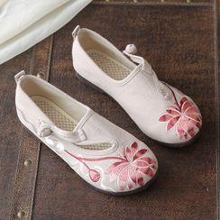 Kyotopia - 刺繡漢服輕便鞋