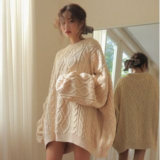 Bloombloom - Oversize Cable-Knit Sweater