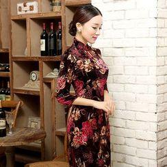 Golden Flowers - Flower Print 3/4-Sleeve Qipao