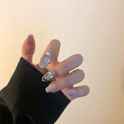 Poppin - Rhinestone Fingernail Ring