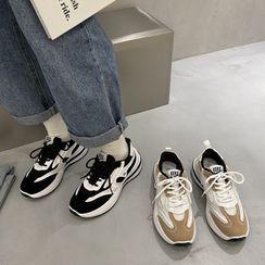 時尚麥樂 - 配色拼接厚底休閒鞋