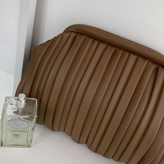 DABAGIRL - Pleated Pleather Frame Clutch