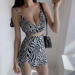 Ohnana - Zebra Print Cropped Camisole Top / Mini Pencil Skirt