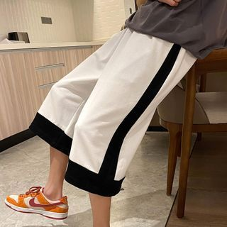 Crestion - Wide-Leg Sweatshorts