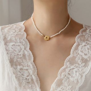 MOMENT OF LOVE - Stainless Steel Flower Faux Pearl Choker
