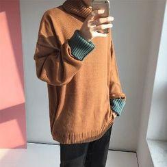 MRCYC - Turtleneck Contrast Cuff Sweater