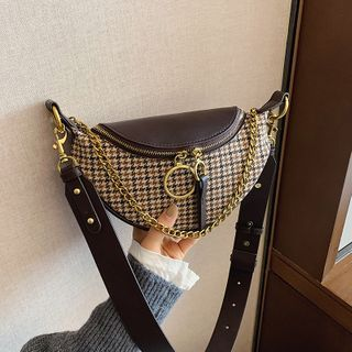 BAGUS - Houndstooth Chained Belt Bag