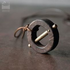 Zeno - Wooden Necklace