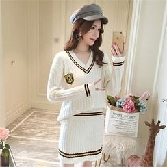 JVLLY - Contrast-Trim Cable-Knit Miniskirt