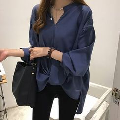 Althino - Long-Sleeve Dip Back Top
