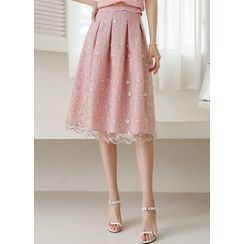 Styleonme - Pleated Flower-Embroidered Midi Skirt