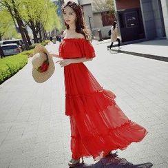 粉红大布娃娃 - 露肩荷叶长雪纺连衣裙