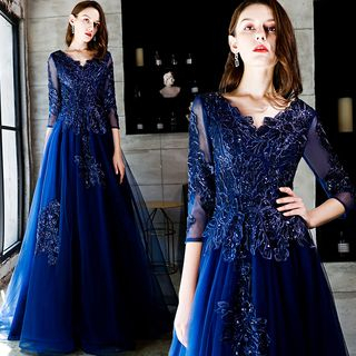 Sennyo - Elbow Sleeve V-Neck Embroidered A-Line Evening Gown