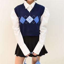 Sistyr - V-Neck Two Tone Plaid Knit Vest