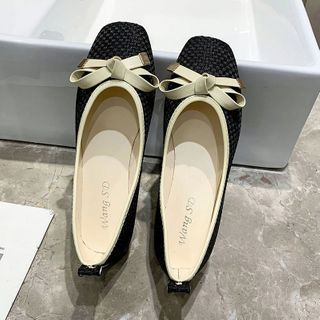 Novice(ノバイス) - Bow Faux Leather Flats