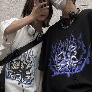 Shineon Studio - Short-Sleeve Graffiti Print T-Shirt