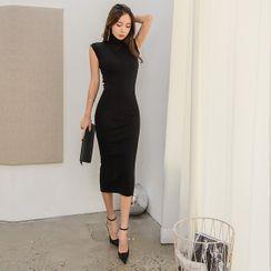 UUZONE - High-Neck Cap-Sleeve Maxi Dress
