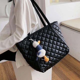 Emvee - Duck Charm Quilted Faux Leather Tote Bag