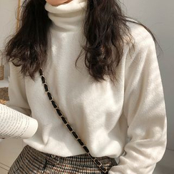 Princessy - Long-Sleeve Mock Neck Top / Turtleneck Top