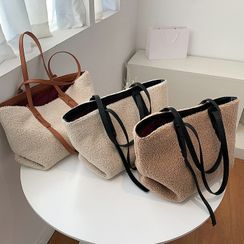 NewTown - Faux Shearling Tote Bag