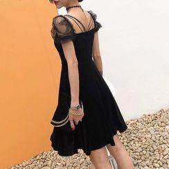 Ashlee - Short-Sleeve Velvet A-Line Dress