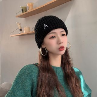 Hufu - Lettering Embroidered Knit Beanie