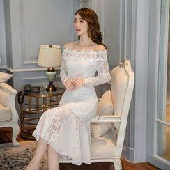 Tanzil - Lace Chiffon Panel Off-Shoulder Sheath Dress