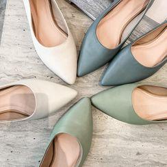 佳美 - 尖头平跟鞋