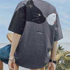 Really Point - Cat Print Elbow-Sleeve T-Shirt