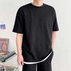 Seoul Homme - Crew-Neck Plain T-Shirt