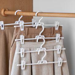 Lazy Corner - Set of 3: Pants Hangers
