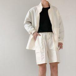 DAZO Studios - Set: Zipped Jacket + Sweatshorts