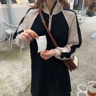 Tokoko - Stand Collar Color Block Shift Dress