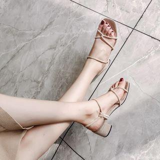 Kireina - 多带粗跟凉鞋