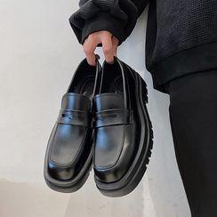 VEAZ - Platform Loafers