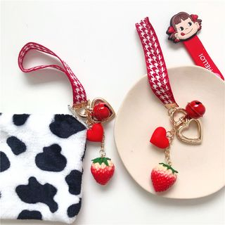Carche - Strawberry Heart & Bell Keyring
