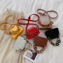 BAGSHOW - Chunky Chain Faux Leather Handbag