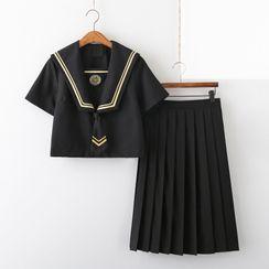Aiyiruo - 水手衬衫 / 褶裥裙 / 套装