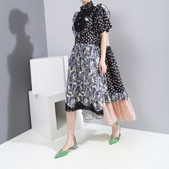 Sointo - Short-Sleeve Patterned A-Line Midi Dress