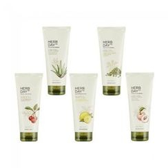 THE FACE SHOP - Herb Day 365 Master Blending Cleansing Foam - 5 Types