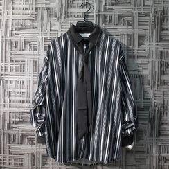 Puerta - Striped Shirt