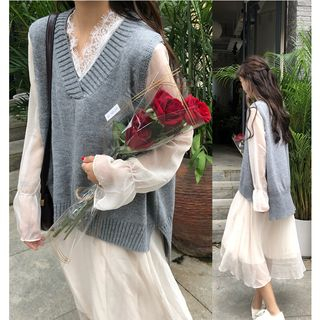 Whoosh - V-Neck Knitted Vest/ Long-Sleeve Lace Trim Midi A-Line Dress