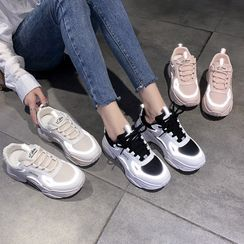 KORISE - Lettering Platform Lace Up Sneakers