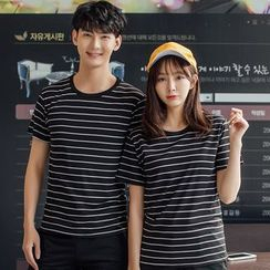 Tonni's - Short-Sleeve Striped T-Shirt