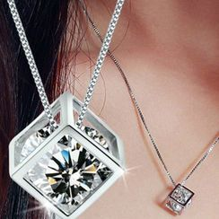 Jozie Jean - Alloy Caged Rhinestone Pendant Necklace