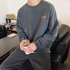 MRCYC - Lettering Print Sweatshirt