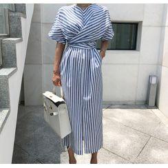 Scabiosa - Striped Short-Sleeve Midi Shift Dress