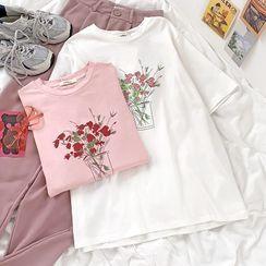 CaraMelody(カラメロディ) - Short-Sleeve Printed T-Shirt