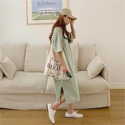 Ontheriver - Slit-Side Long T-Shirt Dress