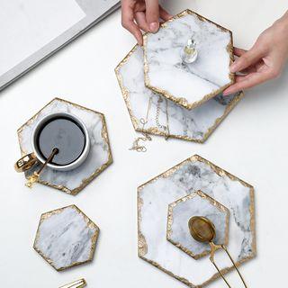 Baeps - Golden Trim Marble Coaster / Heat Resistant Mat